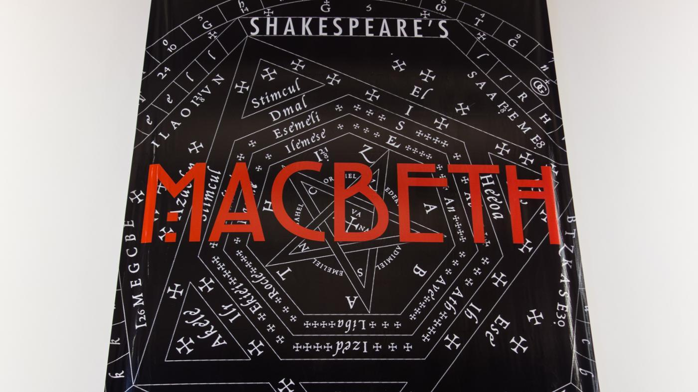 reason-macbeth-give-killing-duncan-s-two-guards