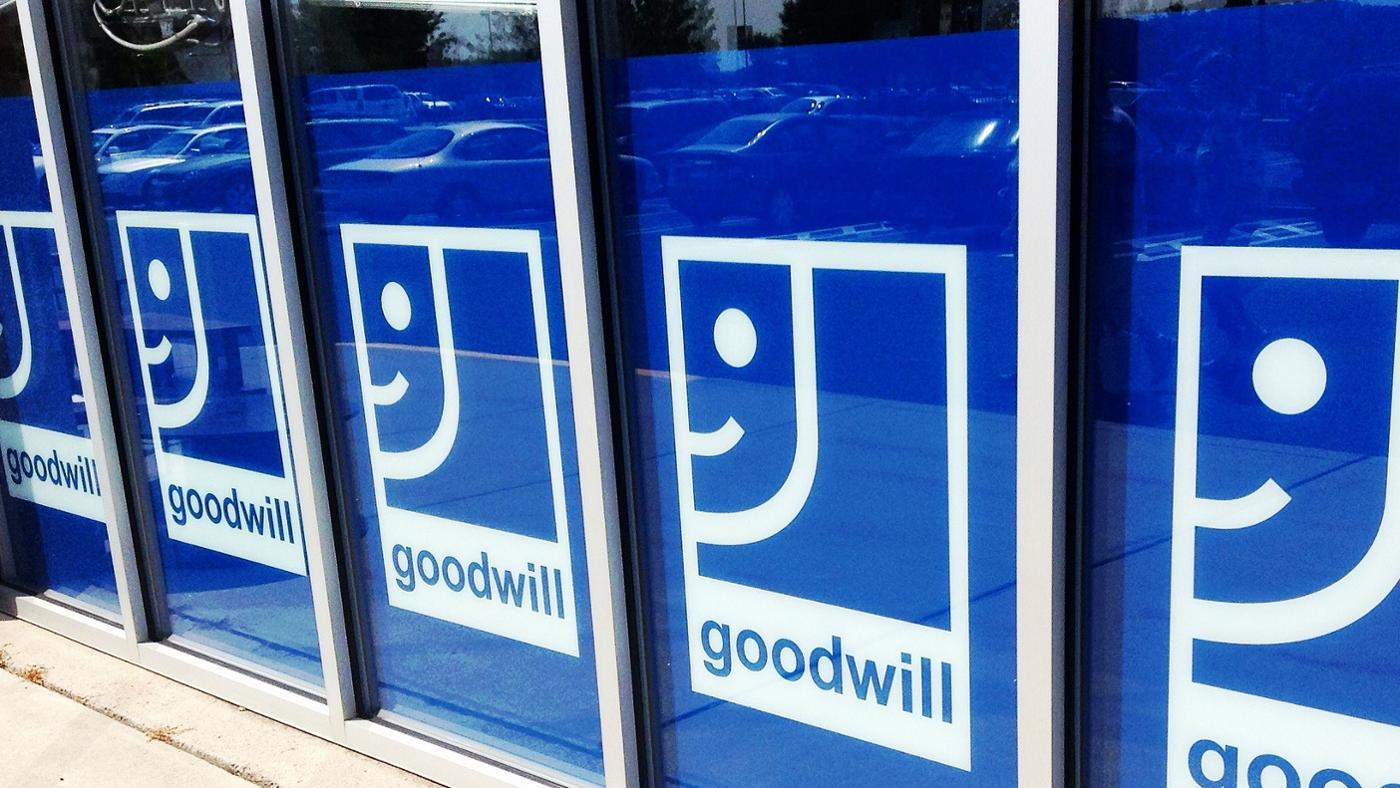 s-difference-between-goodwill-store-thrift-store