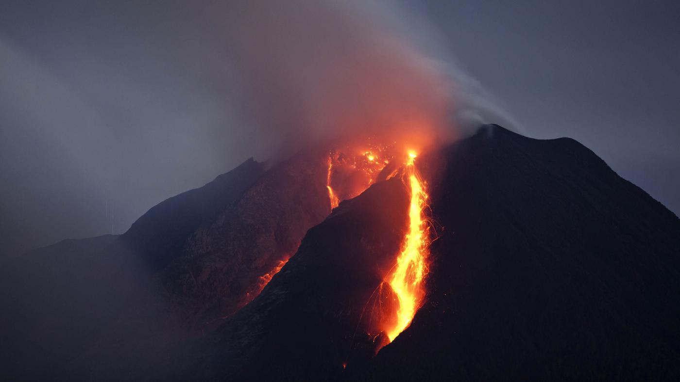 volcanoes-affect-lithosphere