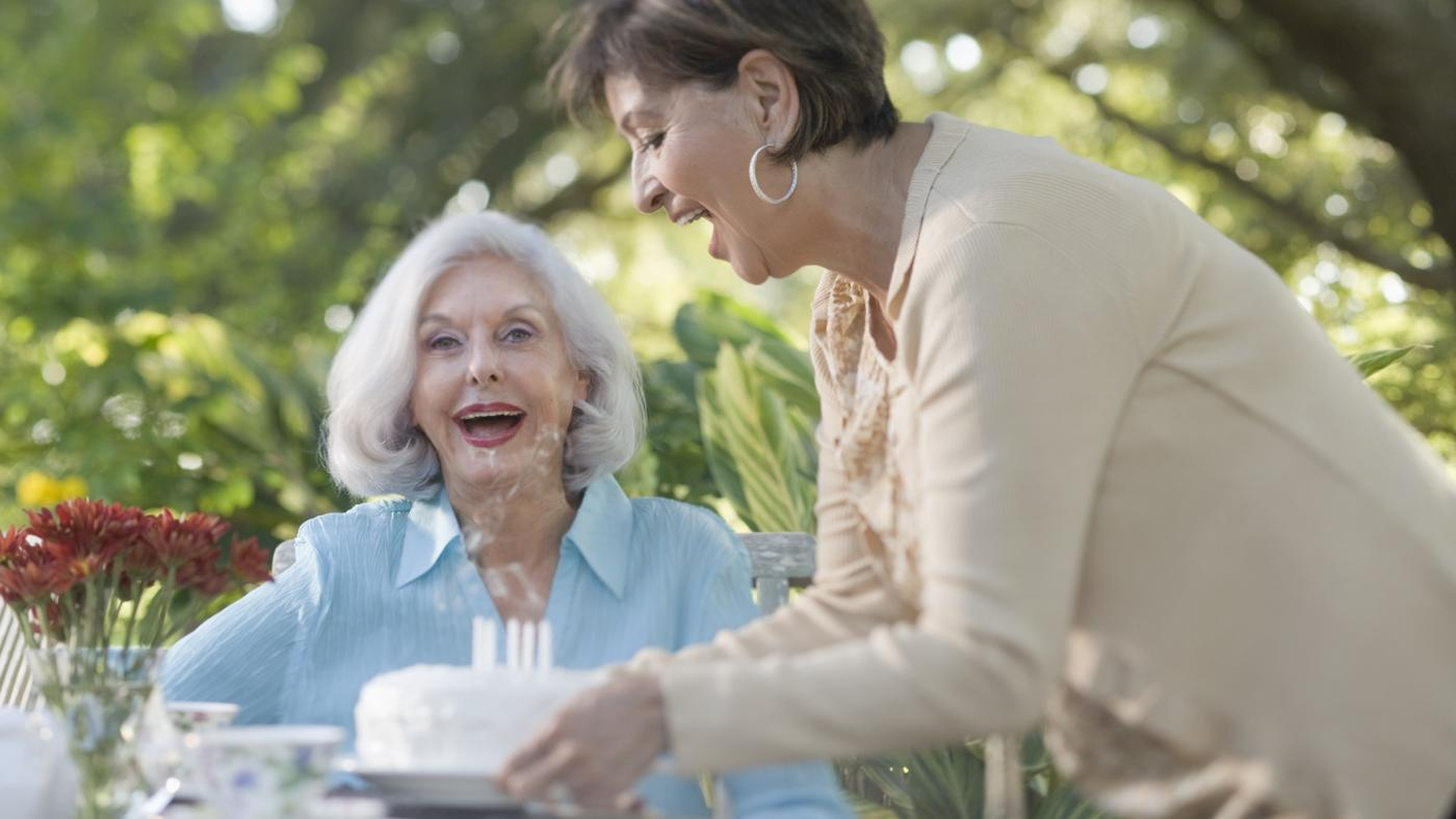 What Are Some 60th Birthday Gift Ideas for Mom?