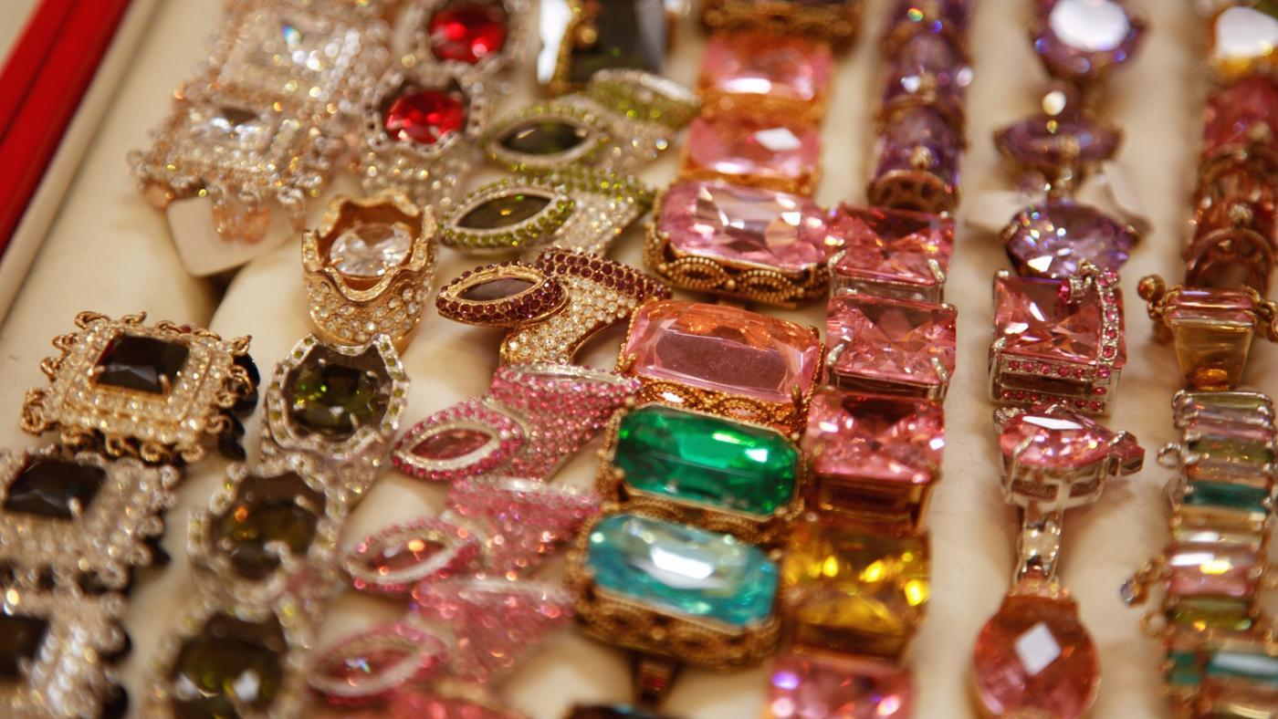 What Gemstone Is the Traditional Gift for the 60th Birthday?
