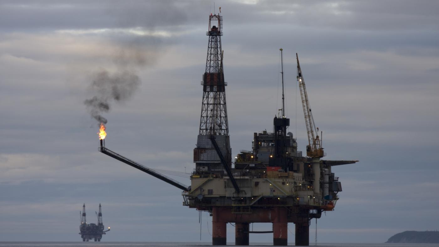 What Are Some of the Pros and Cons of Oil Drilling in Alaska?