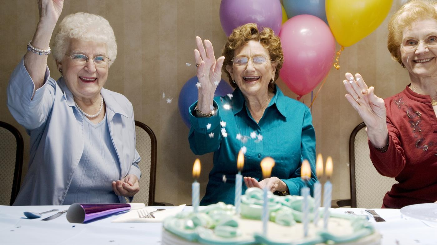 What Are Some Appropriate Games for an 80th Birthday Party?