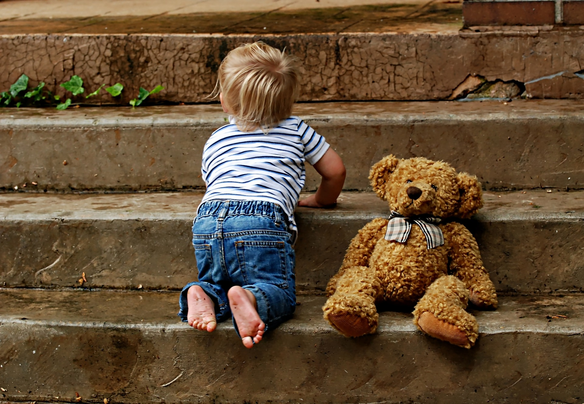 When Do Babies Start Crawling?