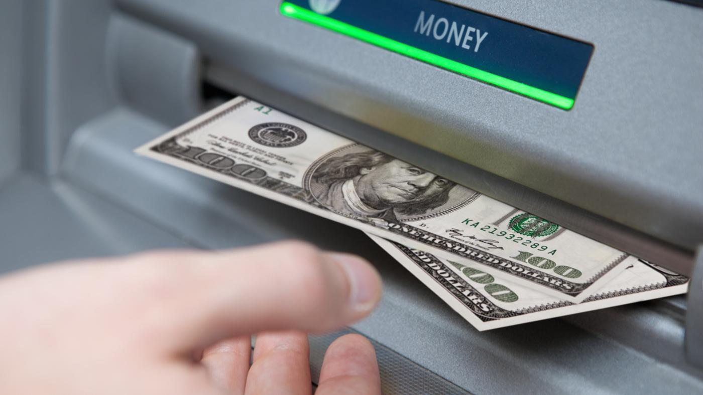 What Banks Offer Online Checking Accounts?