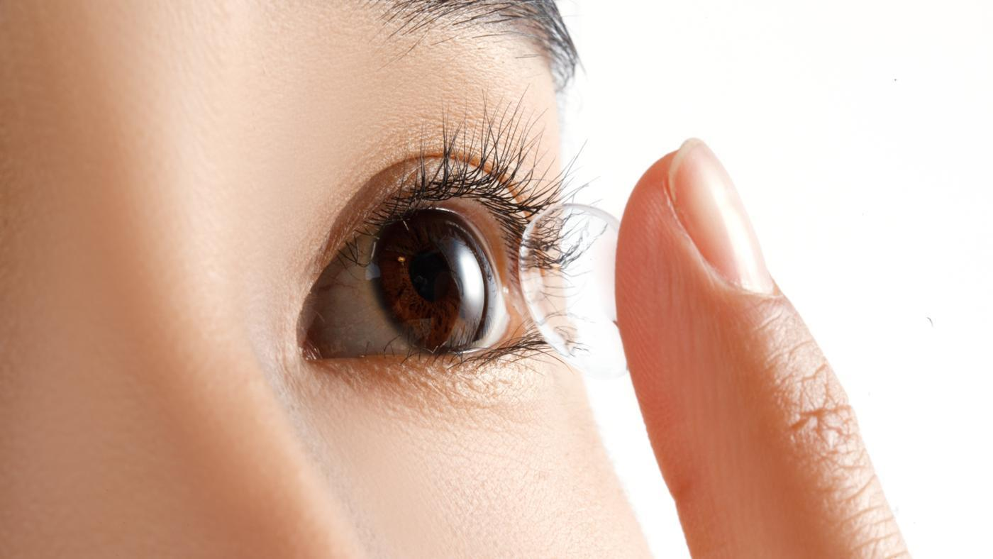 Does Base Curve Make a Difference in Contact Lenses?