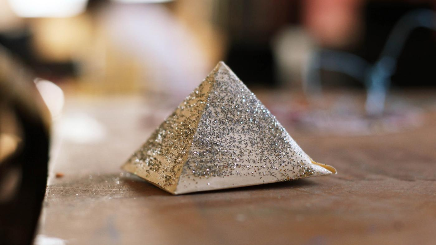 How Can I Build a Pyramid for a School Project?
