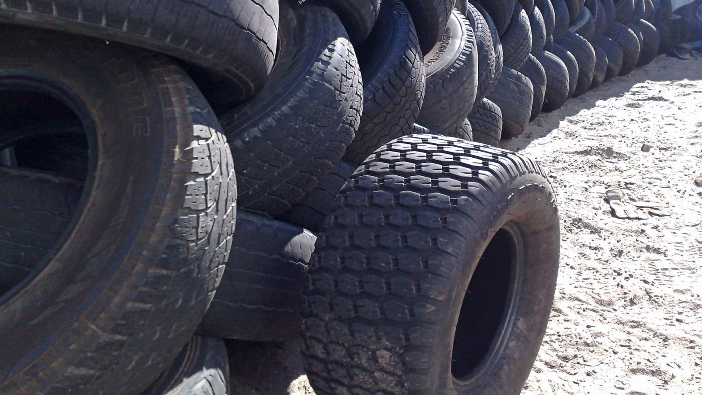 How Can I Figure Out What Kind of Tires to Buy?