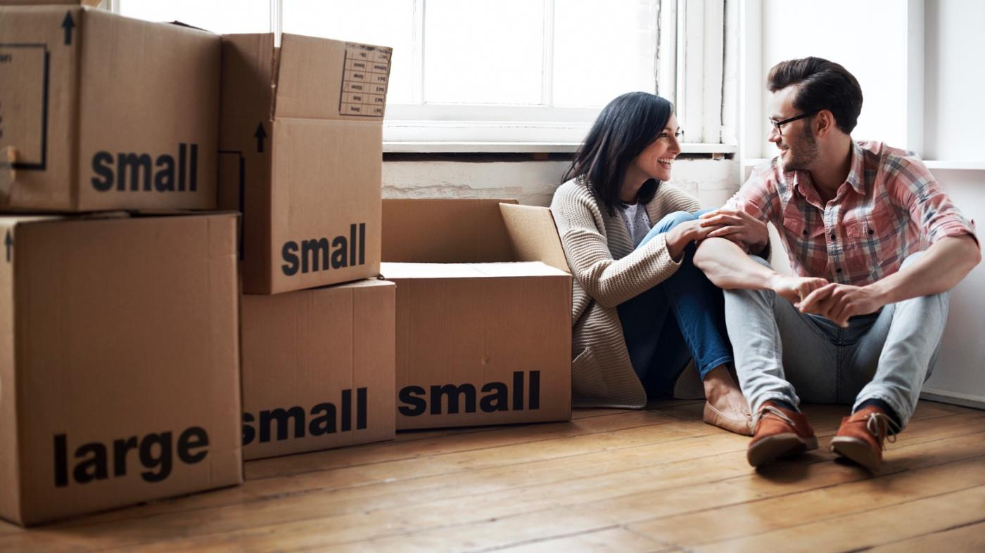 How Can You Persuade a Private Landlord to Rent a House to You?