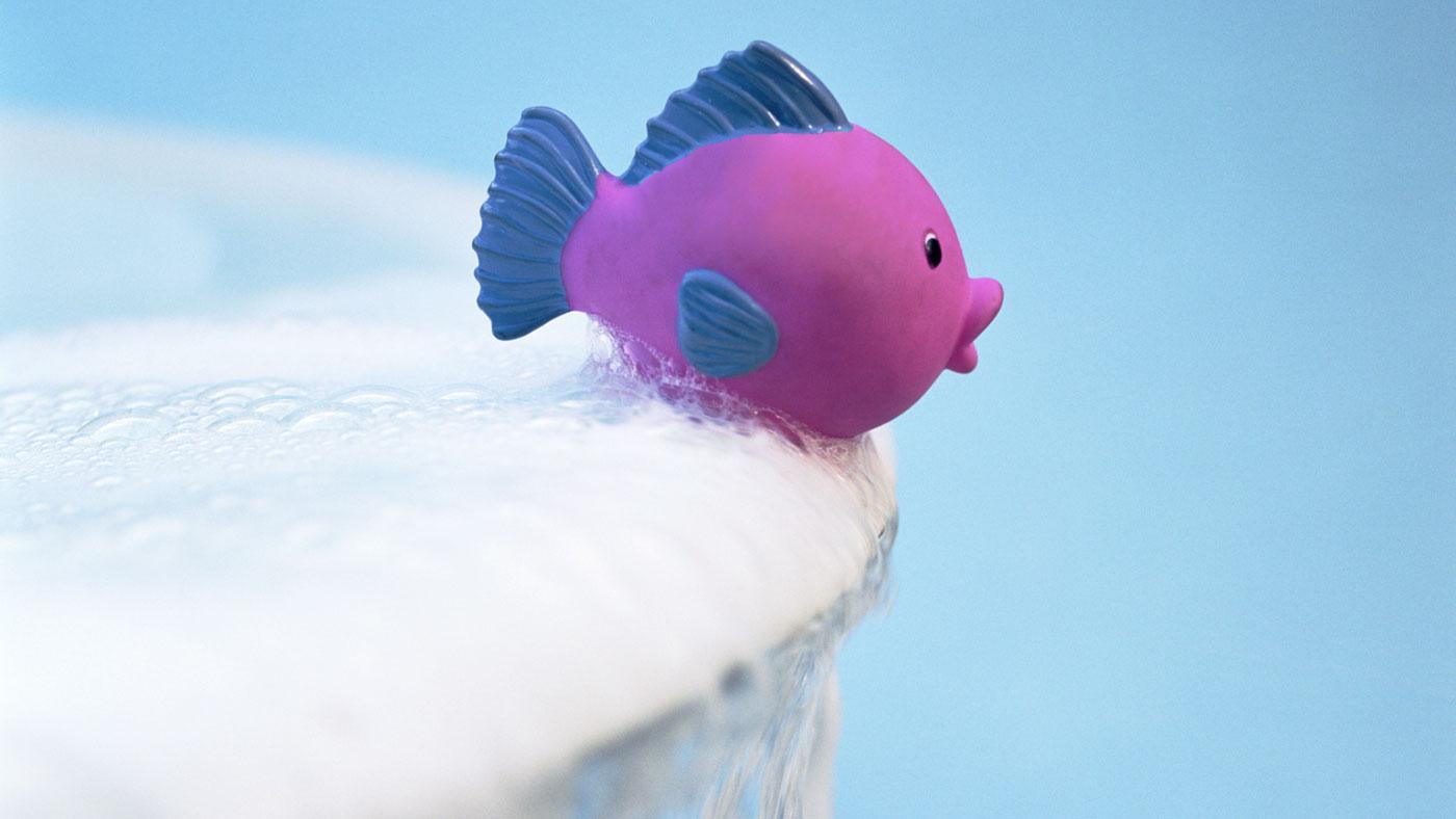 How Can You Repair a Hole in a Bathtub?