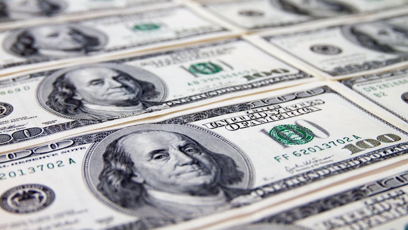 How Can You Tell If a One-Hundred Dollar Bill Is Fake?