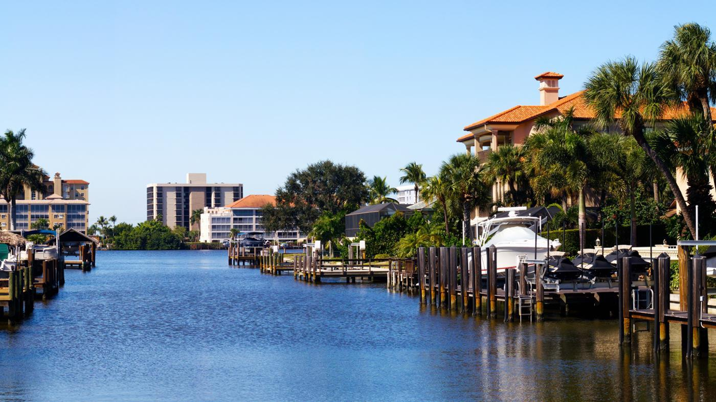 Where Can You Find Waterfront Homes for Sale in Florida?