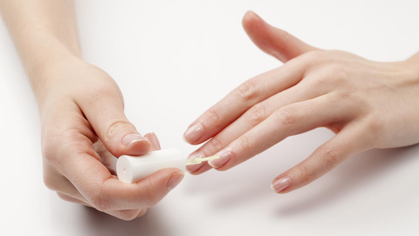 What Causes Black Lines in Fingernails?