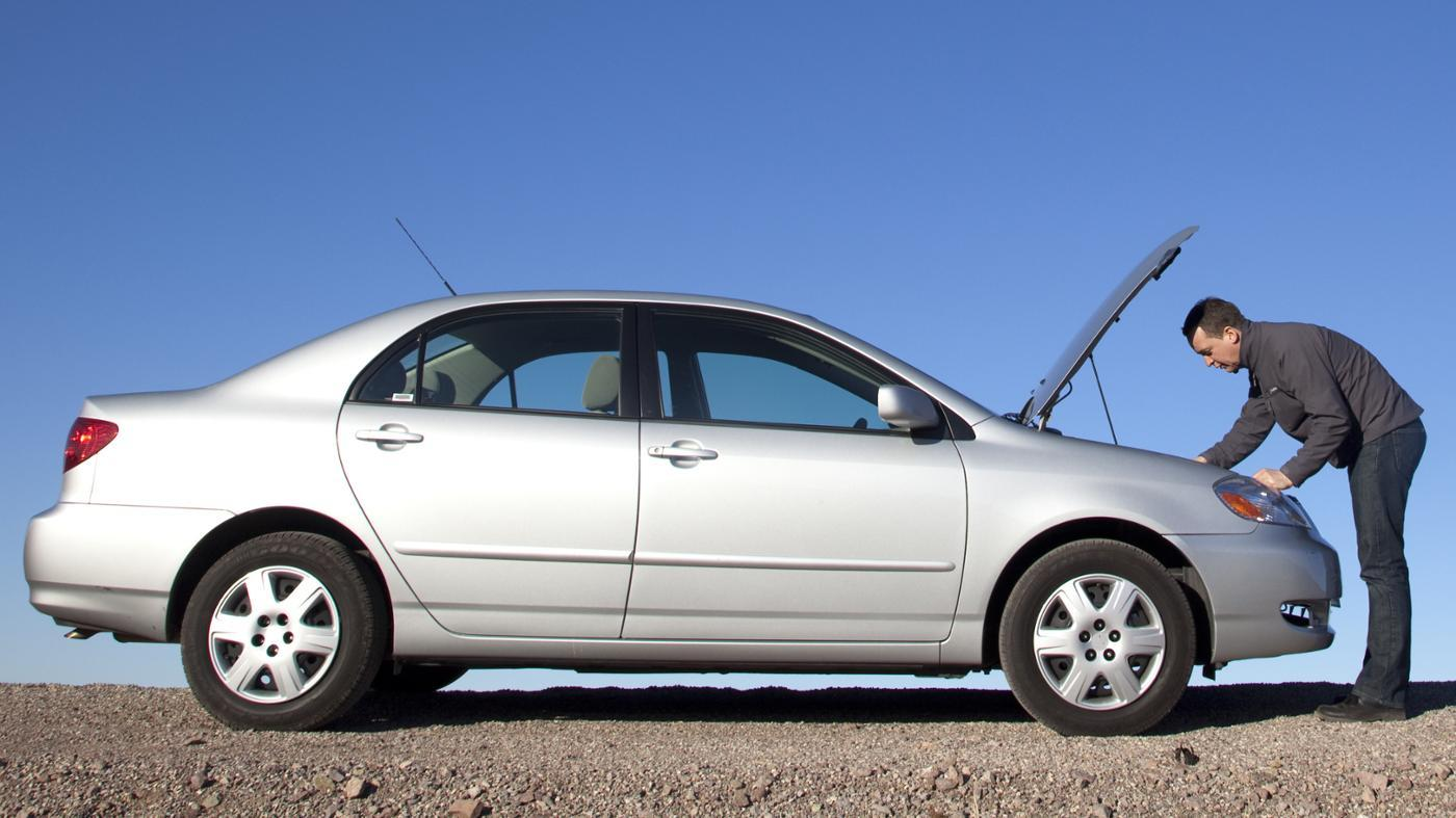 What Causes a Car to Stall While Driving?