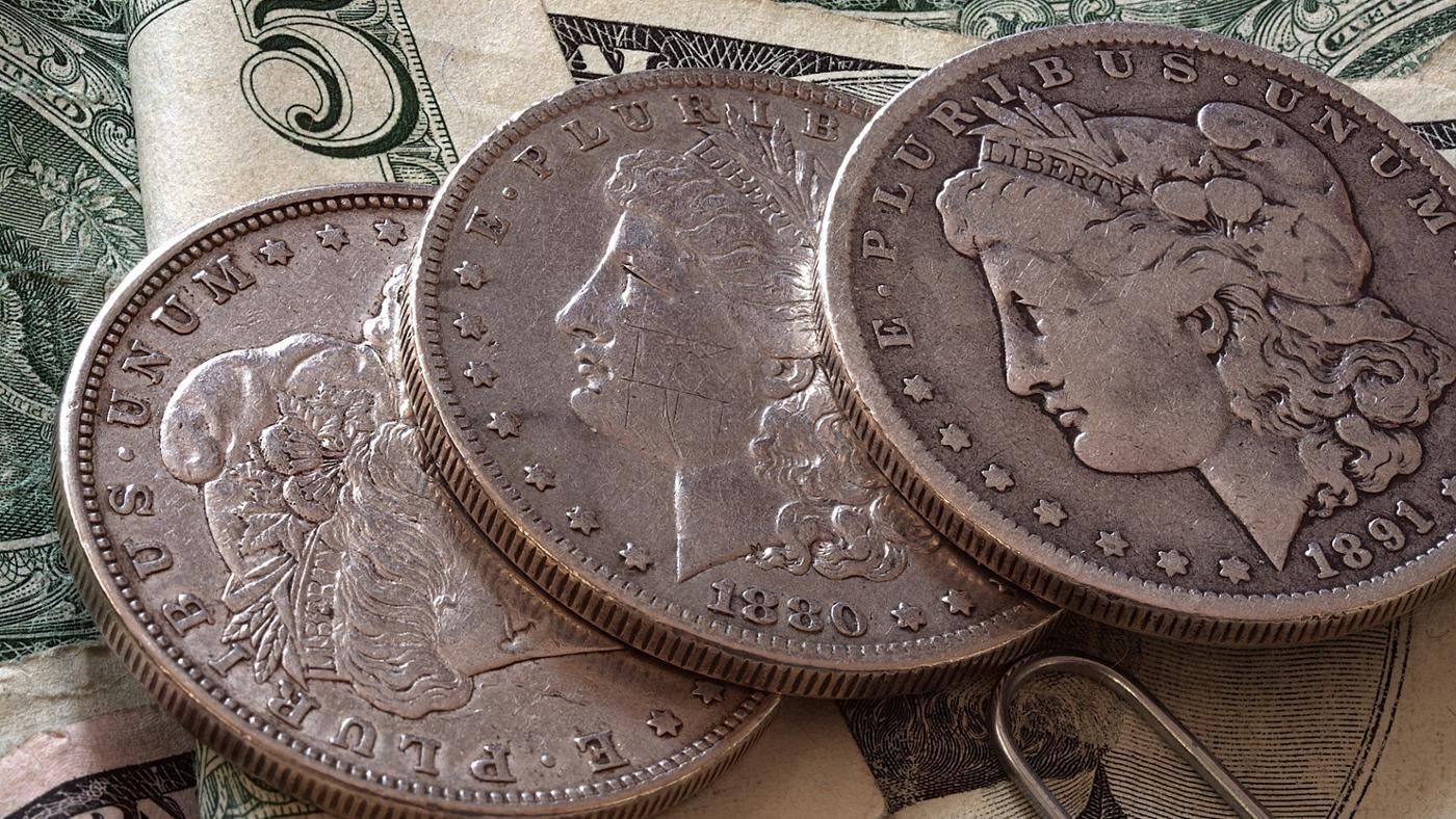 How Do You Chart the Value of a Sliver Dollar Coin?