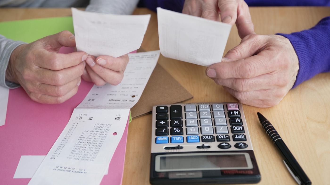 How Do You Create a Household Budget?