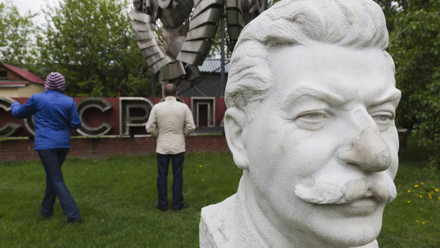 How Did Stalin Modernize Agriculture in the Soviet Union?