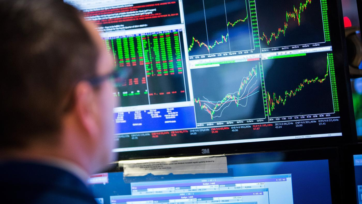 What Is the Difference Between a Put and a Call on the Stock Market?