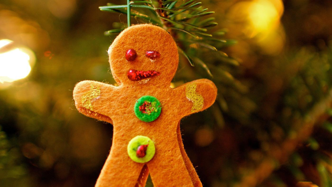 What Are Some Easy Christmas Craft Ideas?