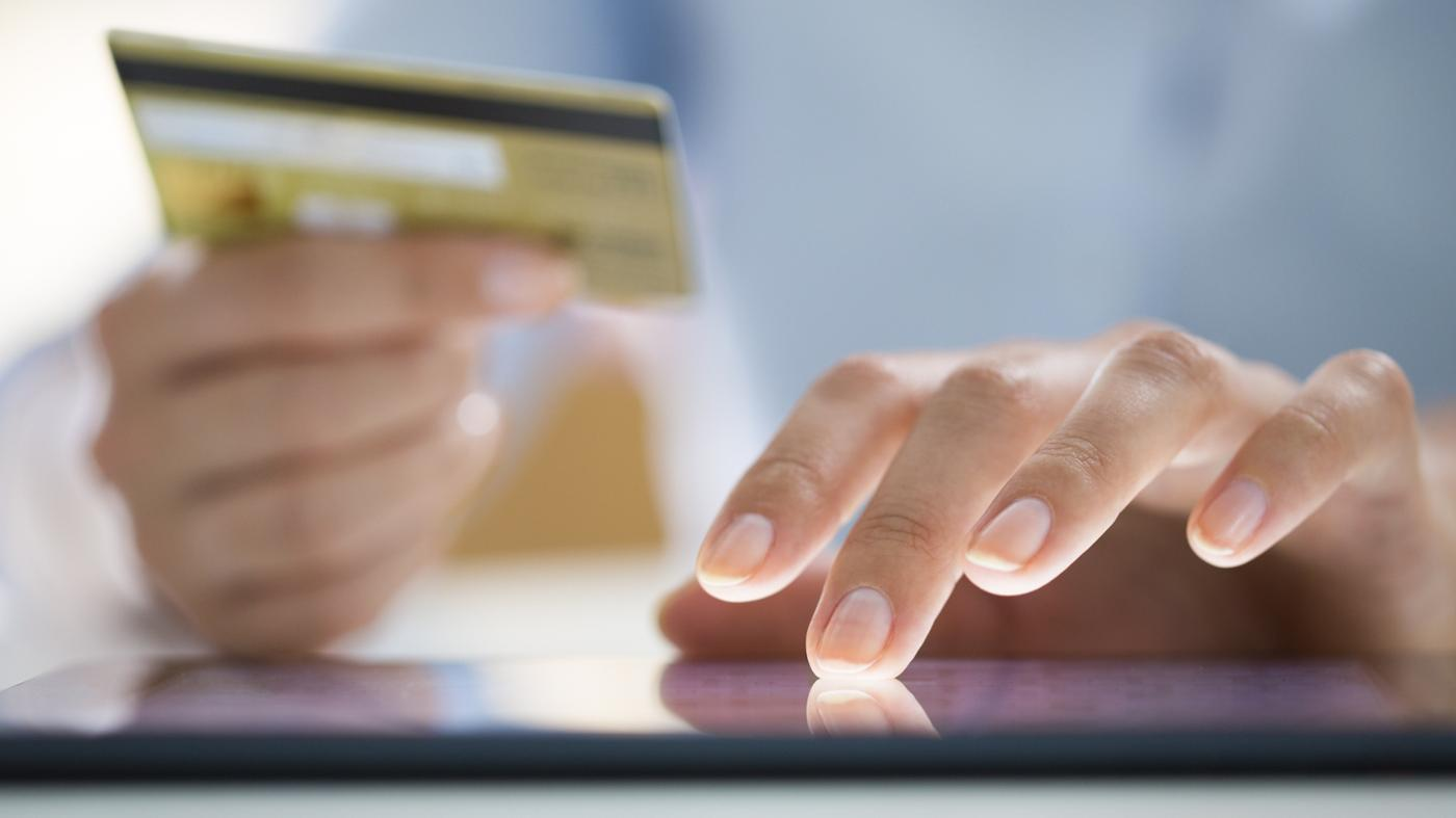 Is It Easy to Shop Online Through Amazon?