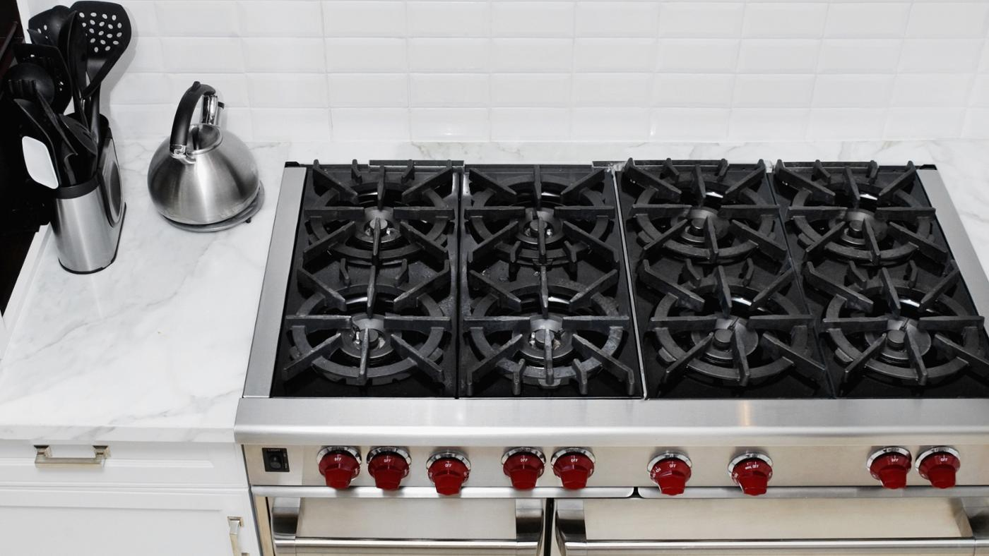 Are Electric Stove Tops Easier to Clean Than Gas?