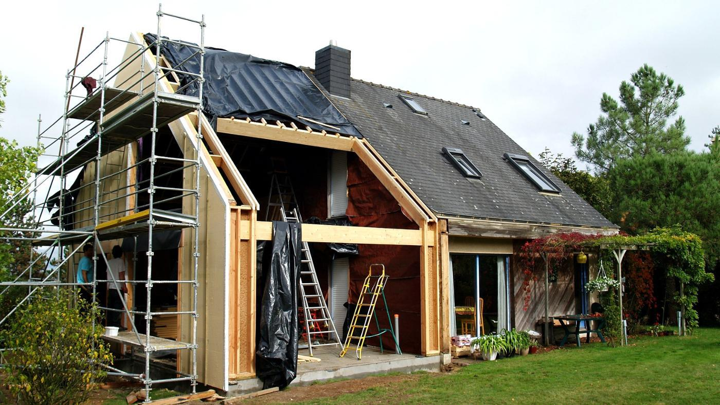 What Factors Affect the Cost of Building a House?