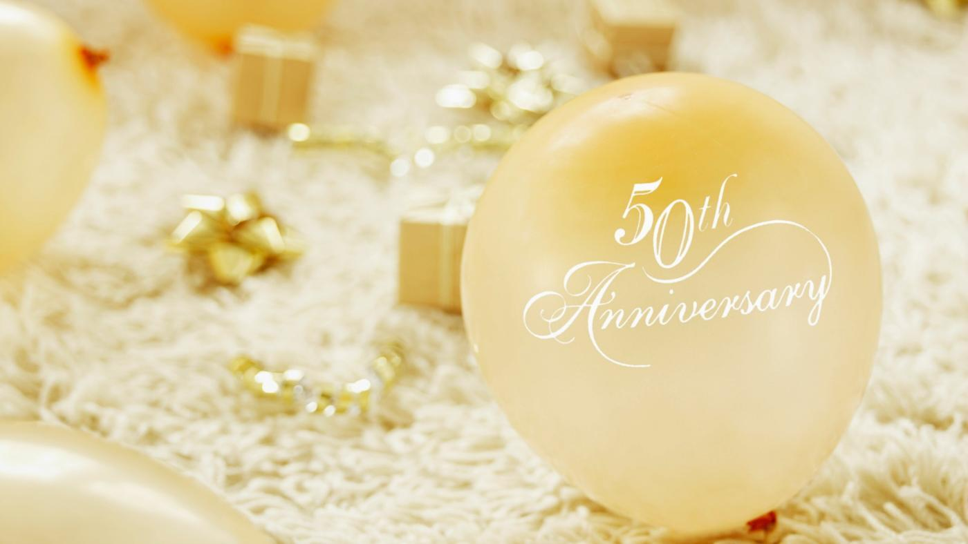 What Do You Give for a 50th Wedding Anniversary?