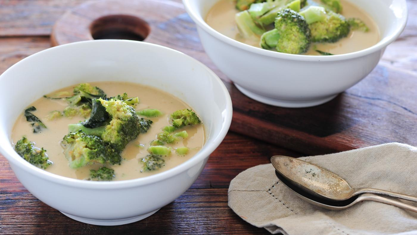 What Are Some Good Broccoli Soup Recipes?