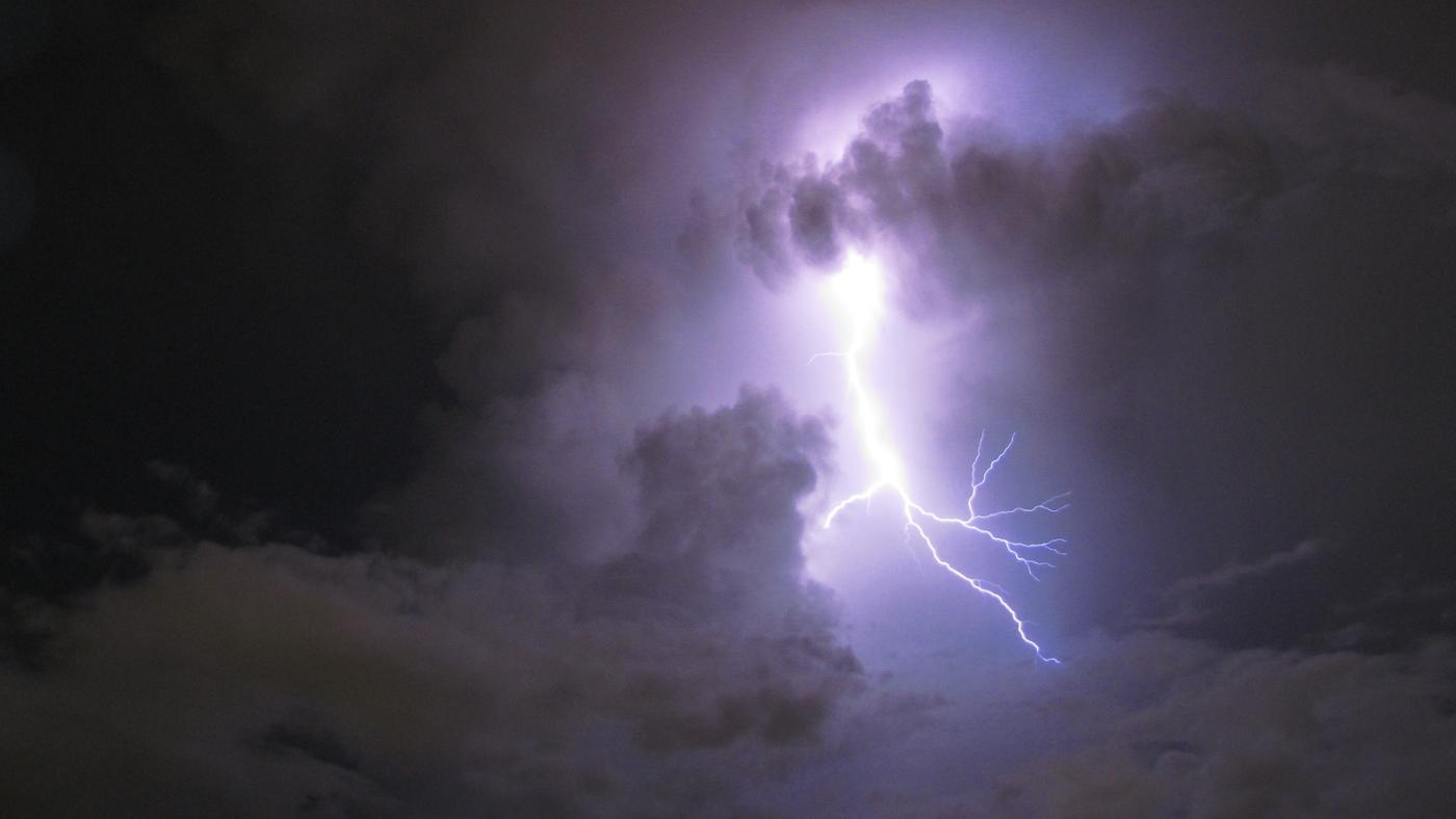 What Happens to the Air When the Electrical Energy of Lightning Is Discharged?