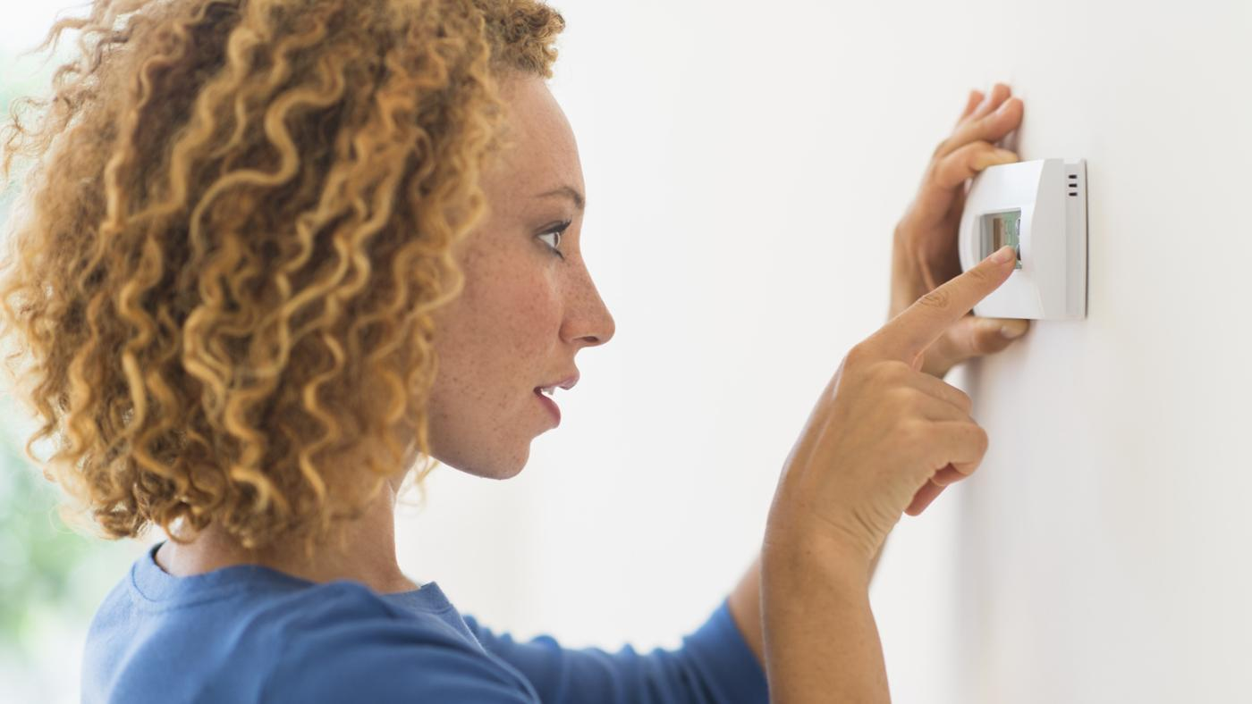 How Does a Thermostat Work?