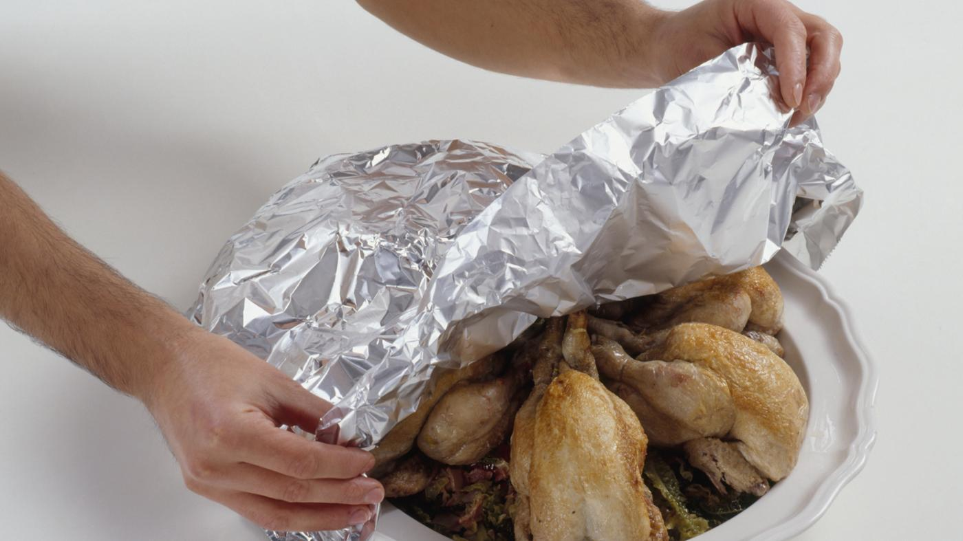 How Long Can Cooked Chicken Stay Out?