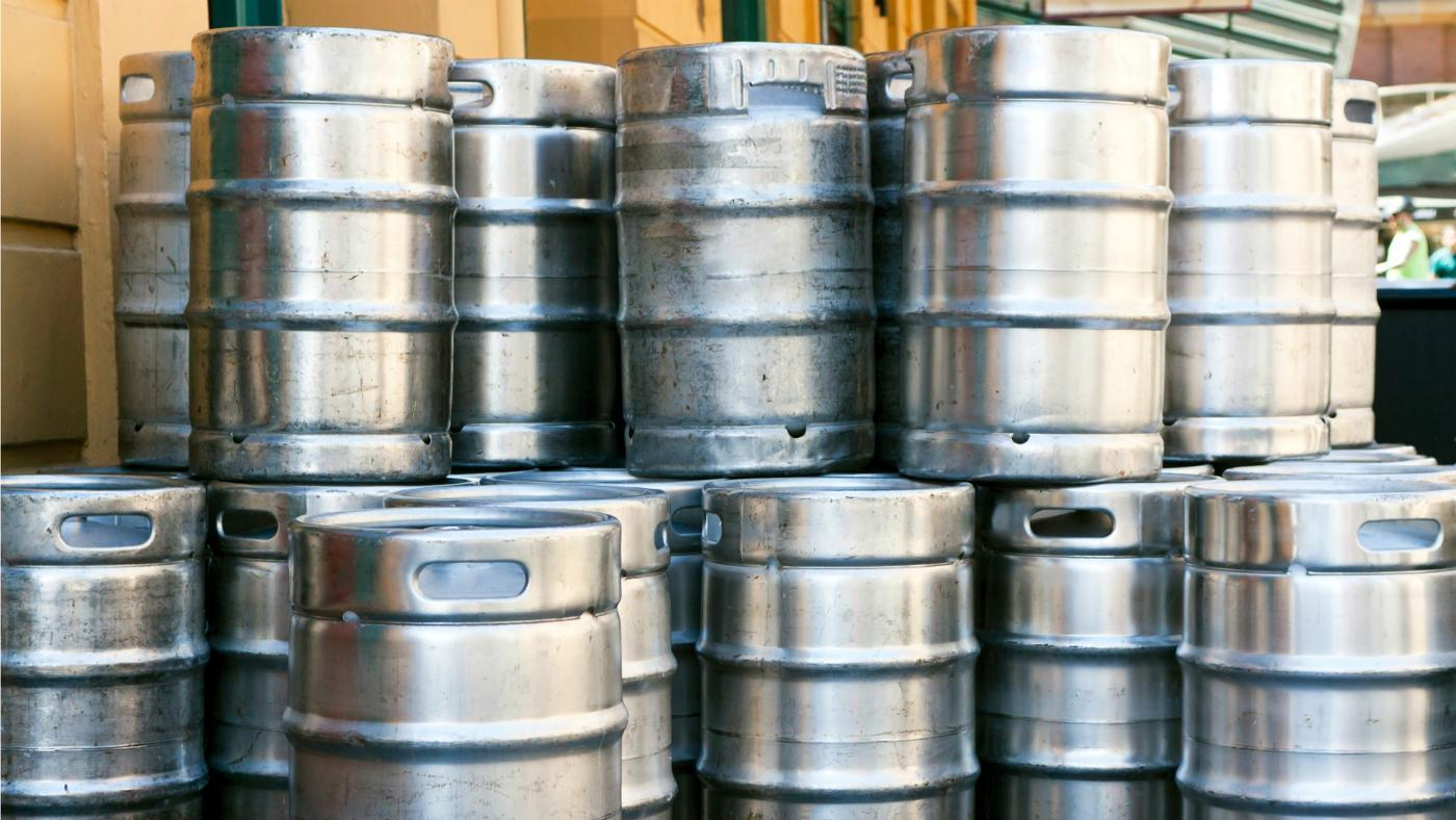 How Much Does a Half-Barrel Keg of Beer Weigh?