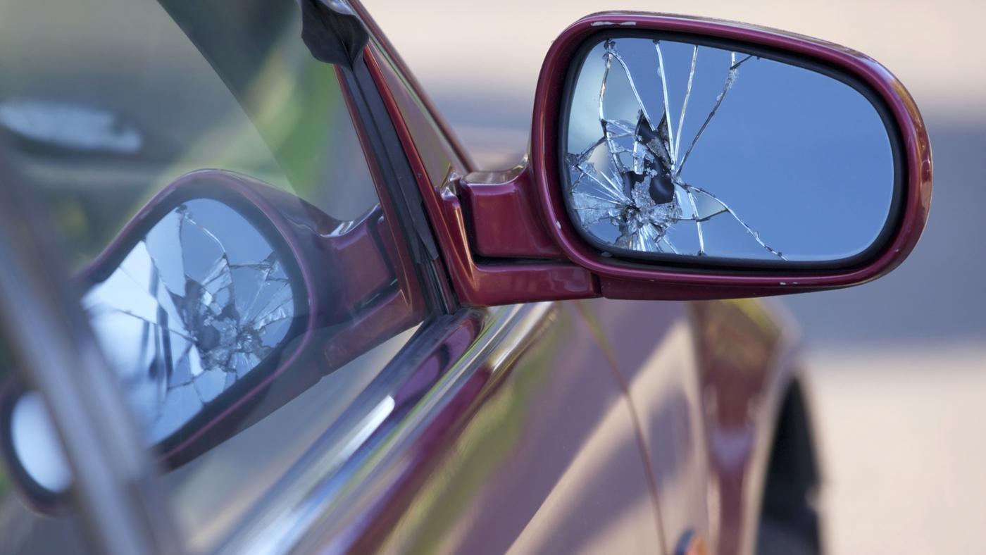 How Do You Fix a Broken Car Mirror?