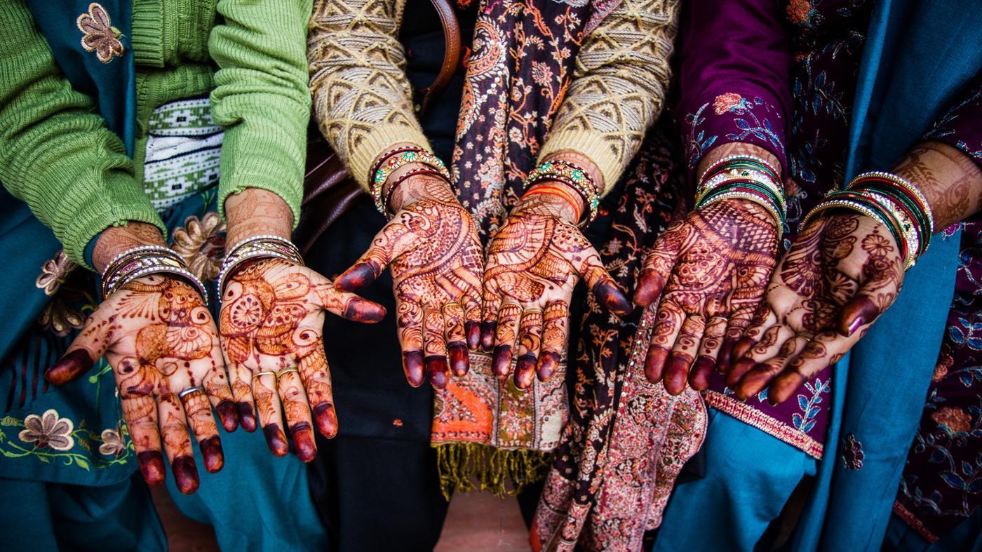 How Do You Remove Henna?