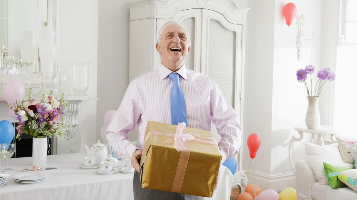 What Are Some Ideas for a 75th Birthday Party?