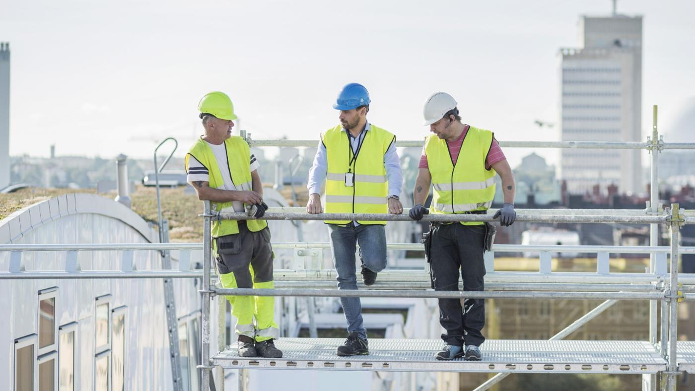 What Are Important Tips for Staying Safe While Working at a Construction Site?