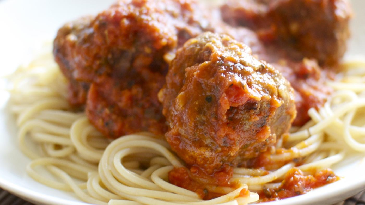 What Is an Italian Meatball Recipe by Giada De Laurentiis?