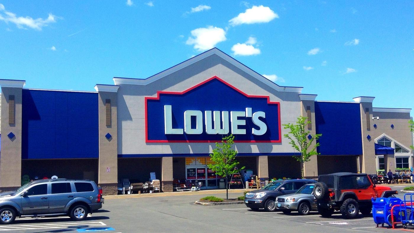 What Is the Lowe's Tool Rental Program?