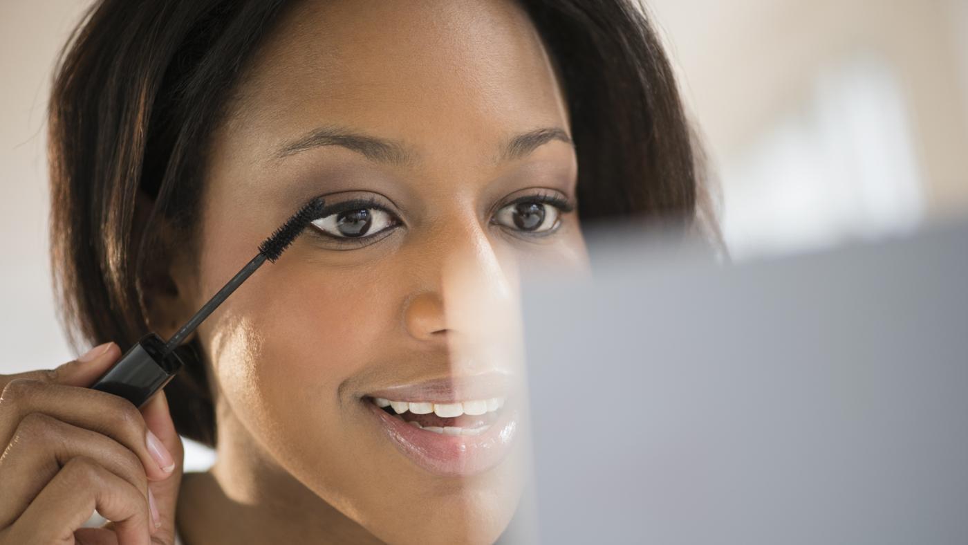 How Do You Make Your Eyelashes Grow?