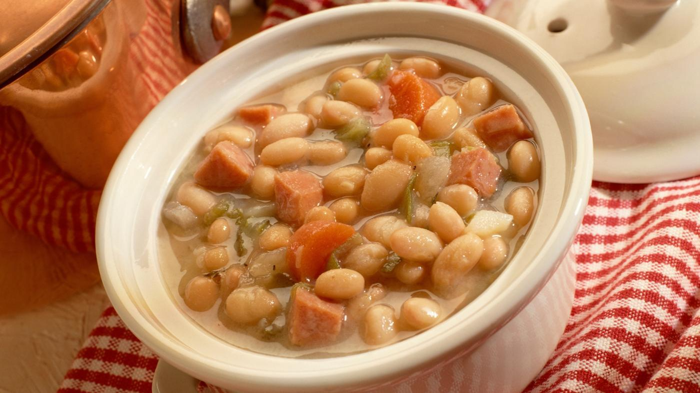 How Do You Make Navy Bean Soup?