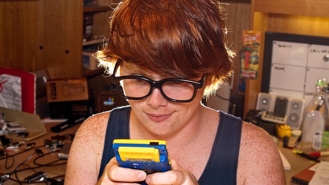 "How Do You Make Pikachu Learn Volt Tackle on ""Pokémon Fire Red""?"