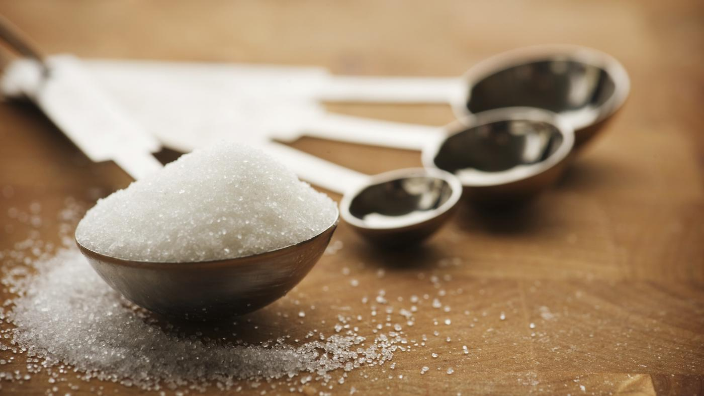 How Many Carbohydrates Are in a Tablespoon of Sugar?