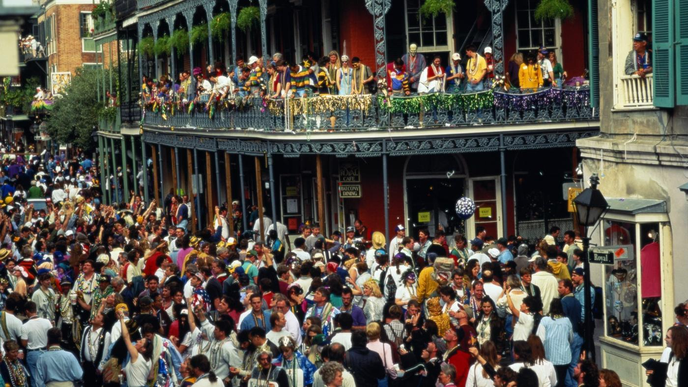 How Many People Attend Mardi Gras in New Orleans?