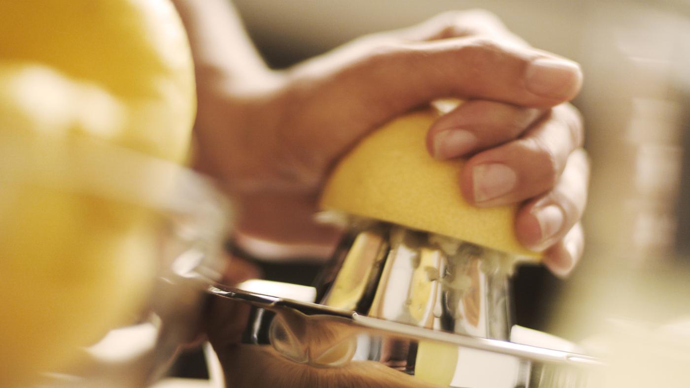How Many Teaspoons of Juice Is in One Lemon?