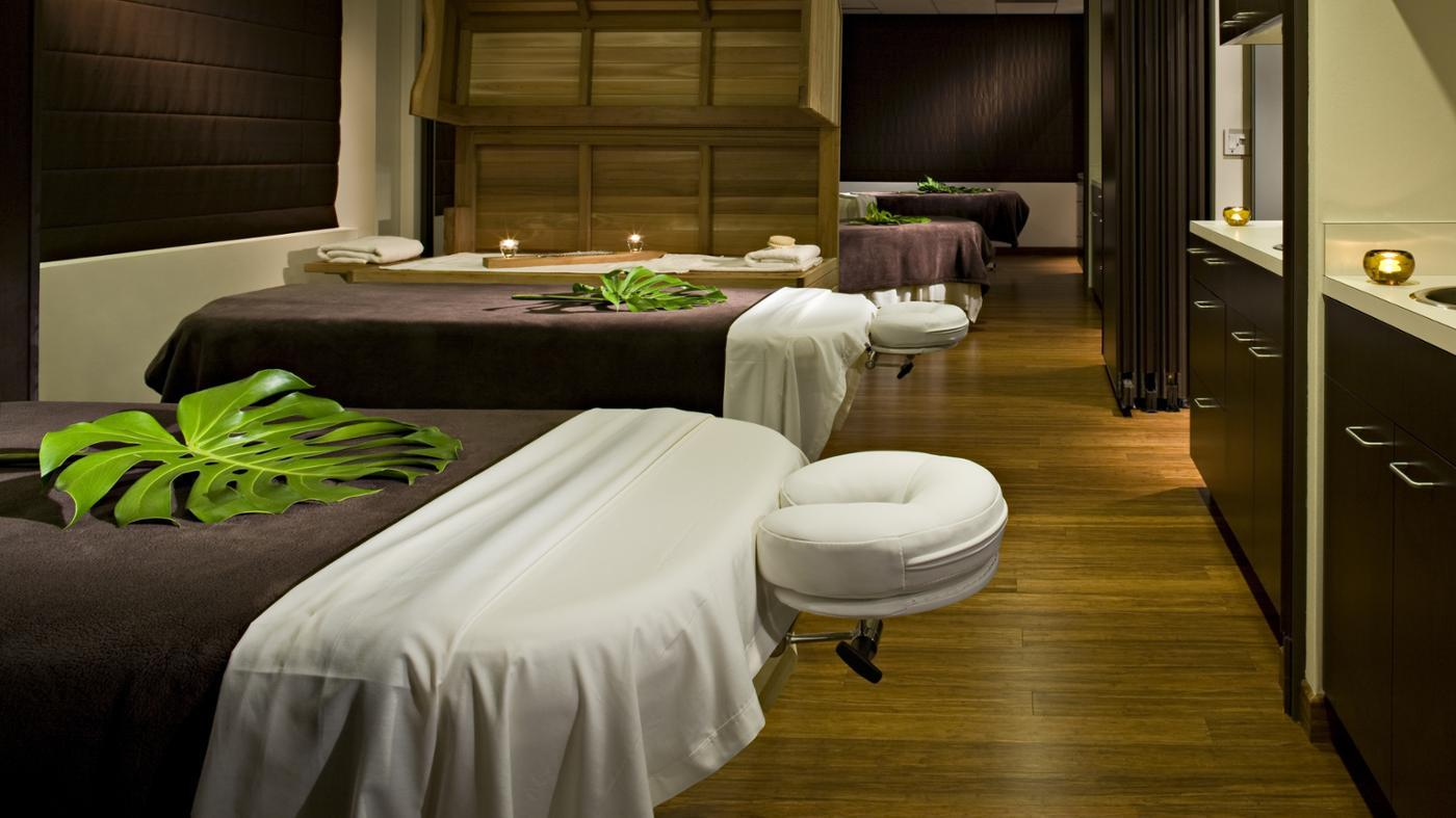 What Are Massage Tables?
