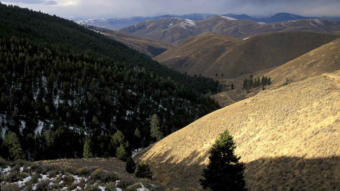 Which Mountains Did Lewis and Clark Cross?