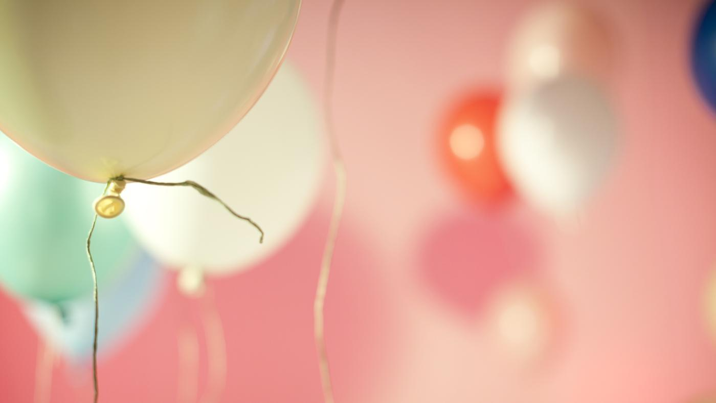 How Much Helium Is Needed to Lift 10 Pounds?