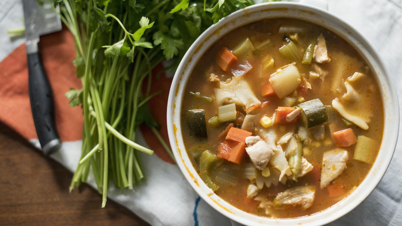 What Is a Recipe for Chicken and Vegetable Soup?