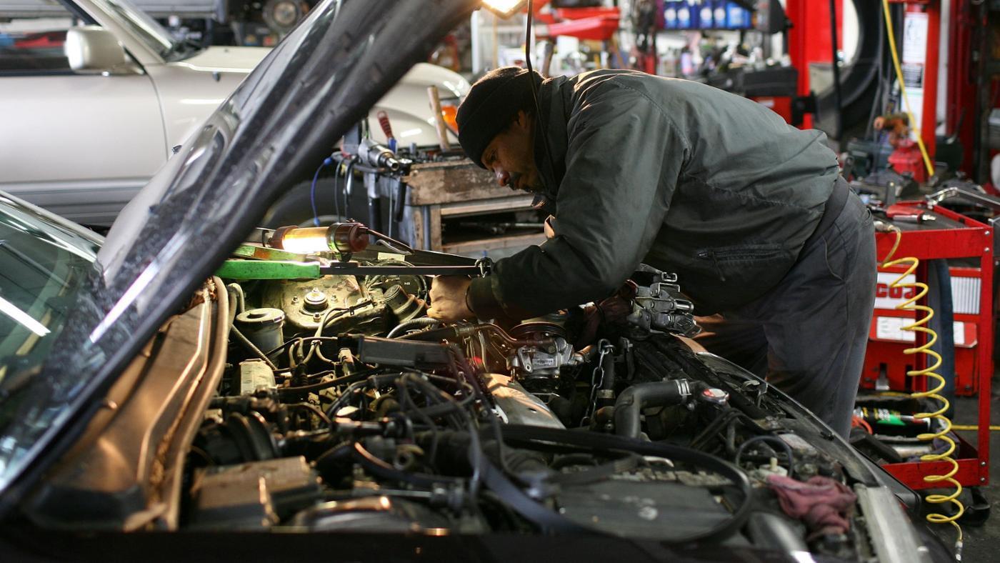 How Do You Remove Engine Oil Sludge?