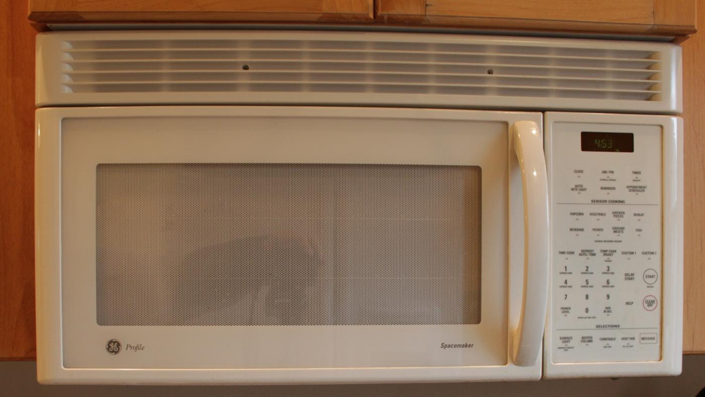How Do You Repair a Built-in Microwave?